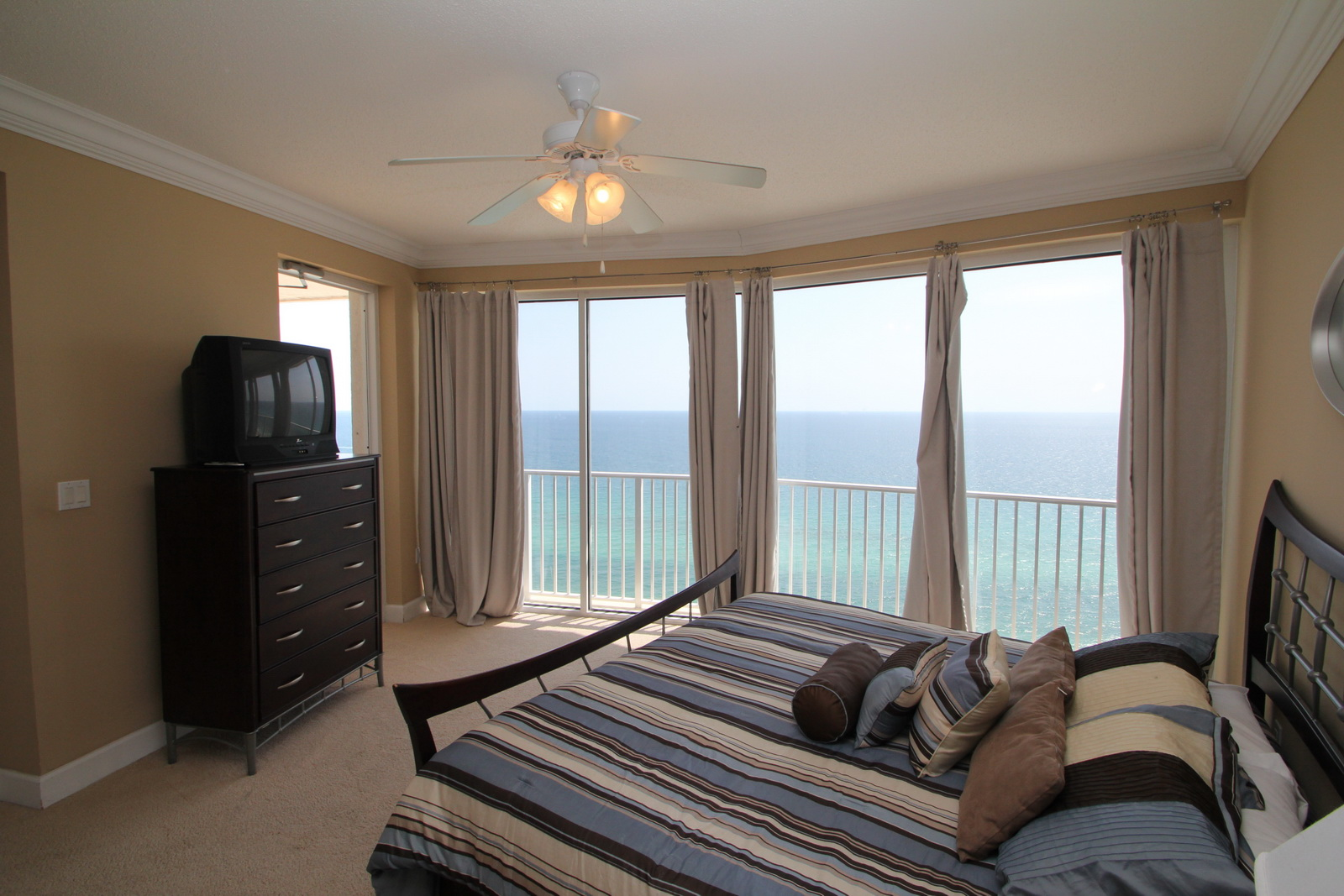 Boardwalk Beach Unit C2209 36